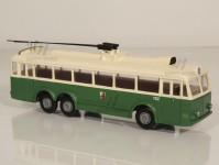 RA Došlý 121200 Škoda Tr3/1 zelený/bílý,2x2-dílné dveře, Plzeň H0
