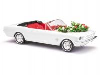 Busch 47527 Ford Mustang kabriolet svatební