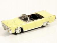 Brekina RIK38322 Lincoln Continental Convertible světle žlutý 1963