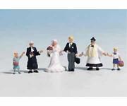 Noch 15860 svatebčané s farářem H0