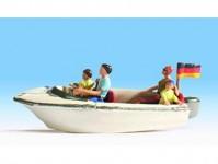motorový člun s posádkou