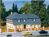 Auhagen 11385 obytný dům Mühlenweg 1 H0
