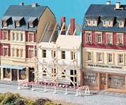 Auhagen 12270 městský dům v rekonstrukci H0/TT