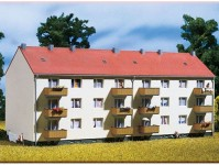 Auhagen 13332 bytový dům TT