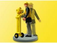 traťový dělník s pneumatickým kladivem