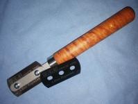 žiletková pilka ocelová kalená s dřevěnou rukojetí