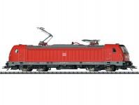 Trix 22689 elektrická lokomotiva řady 147 DBAG VI.epocha se zvukem