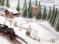 Noch 66832 běžecký stadion s pohyblivými figurkami a chatou Apres-Ski