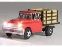 nákladní automobil svítící