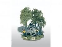Woodland Scenics M108 Mini-Scene rošťáctví s kadibudkou