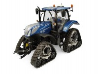 Universal Hobbies UH5365 New Holland T7.225 Blue Power s pásy