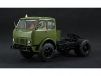 MAZ-504 tahač zelený